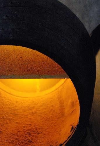 El vino cría en un barril